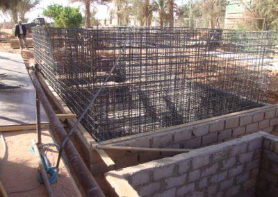 BioReactor en construcción, en un campo petrolero en Libia